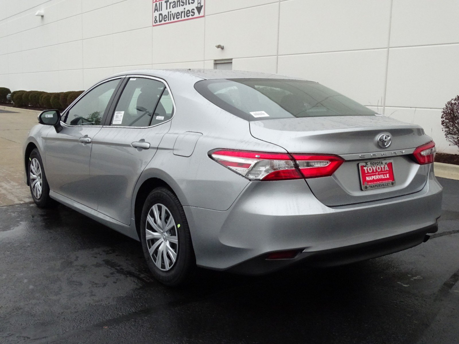 New 2018 Toyota Camry L 4d Sedan In Naperville C31018